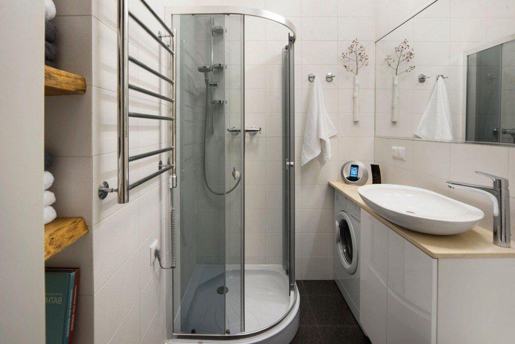 Ванные с душевой кабиной