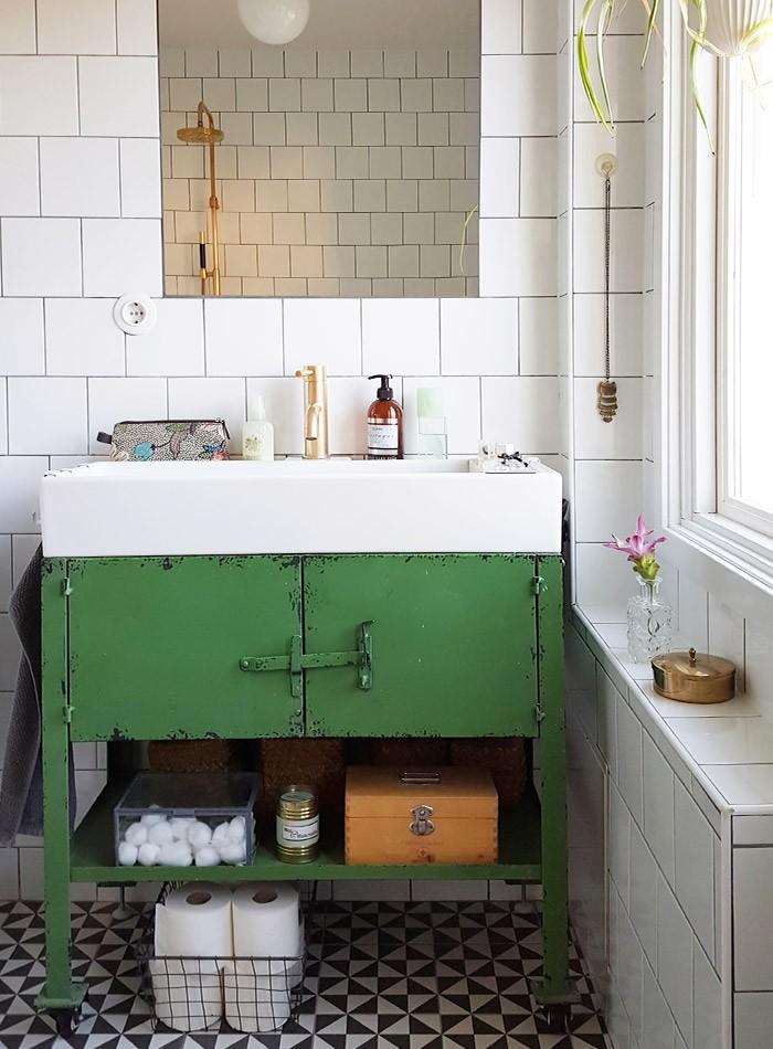Дизайн ванной в зелёном цвете.